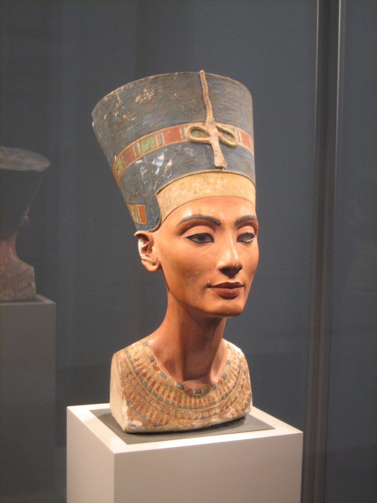 Busto di Nefertiti - Neues Museum Berlino