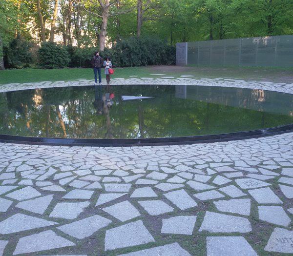 Memoriale dei Sinti e dei Rom