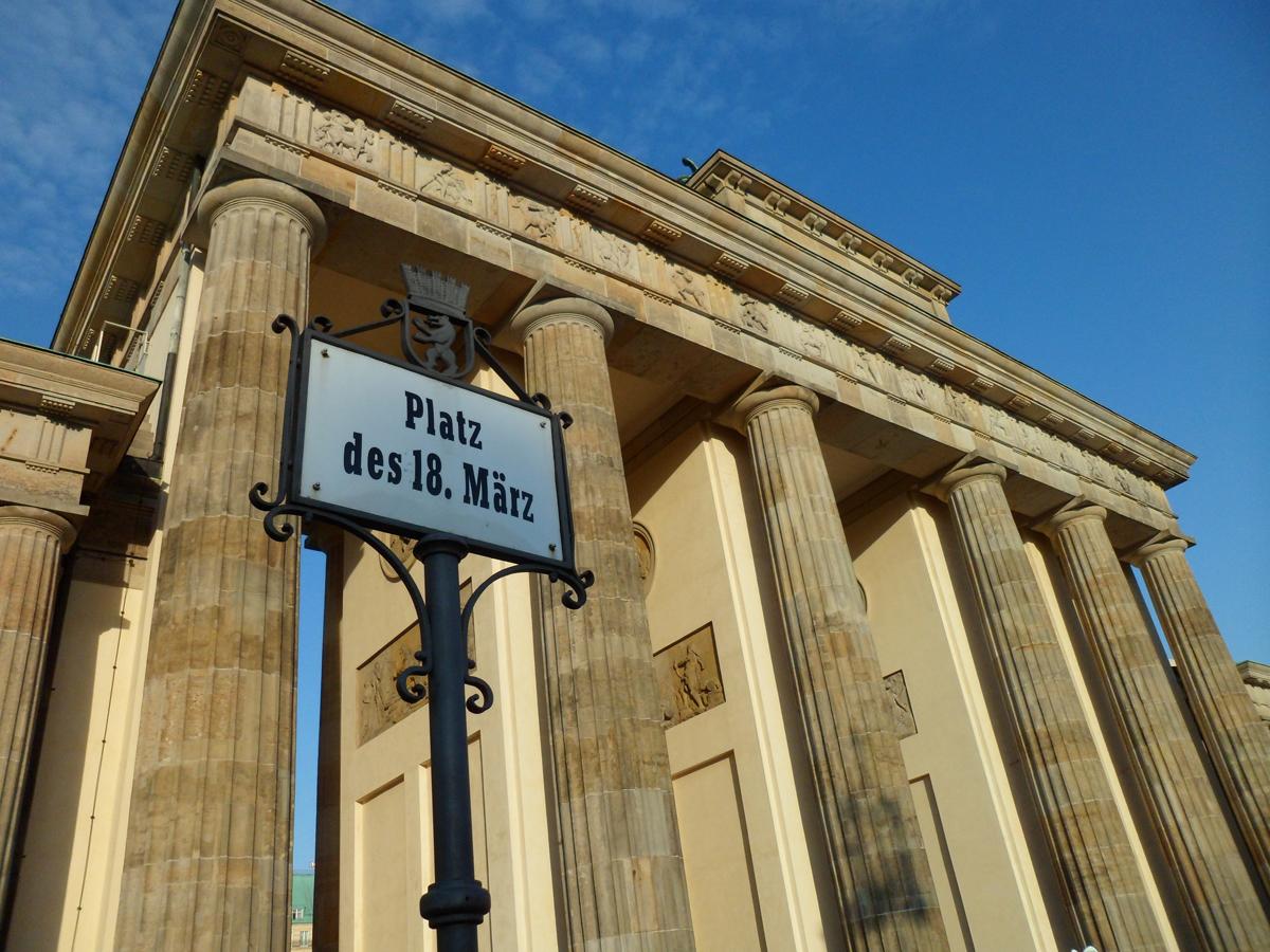 Viaggi berlino guida turistica per le tue vacanze a berlino - Berlino porta di magdeburgo ...