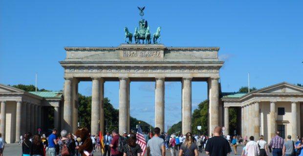 10 cose da vedere a berlino viaggi berlino - Berlino porta di magdeburgo ...